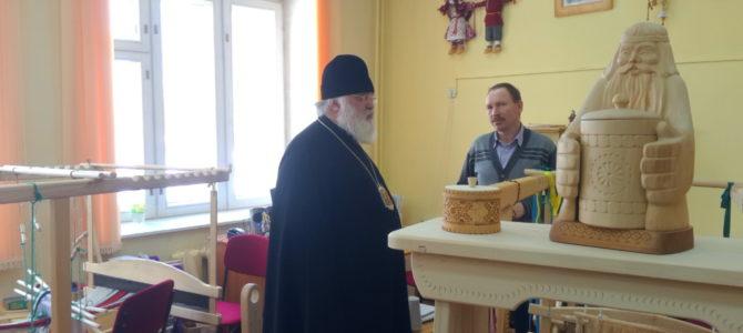 Прошла встреча епископа Антония с директорами школ Алнашского района.